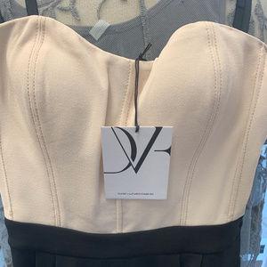 Diane Von Furstenberg Dresses - Diane Von Furstenberg Cream and Black Dress